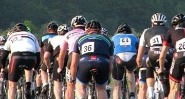 Men racing